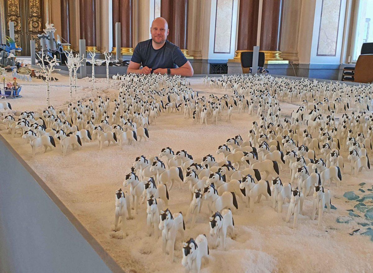 Oliver Schaffer und seine 1000 Playmobil-Pferde, Foto: Maike Steuer
