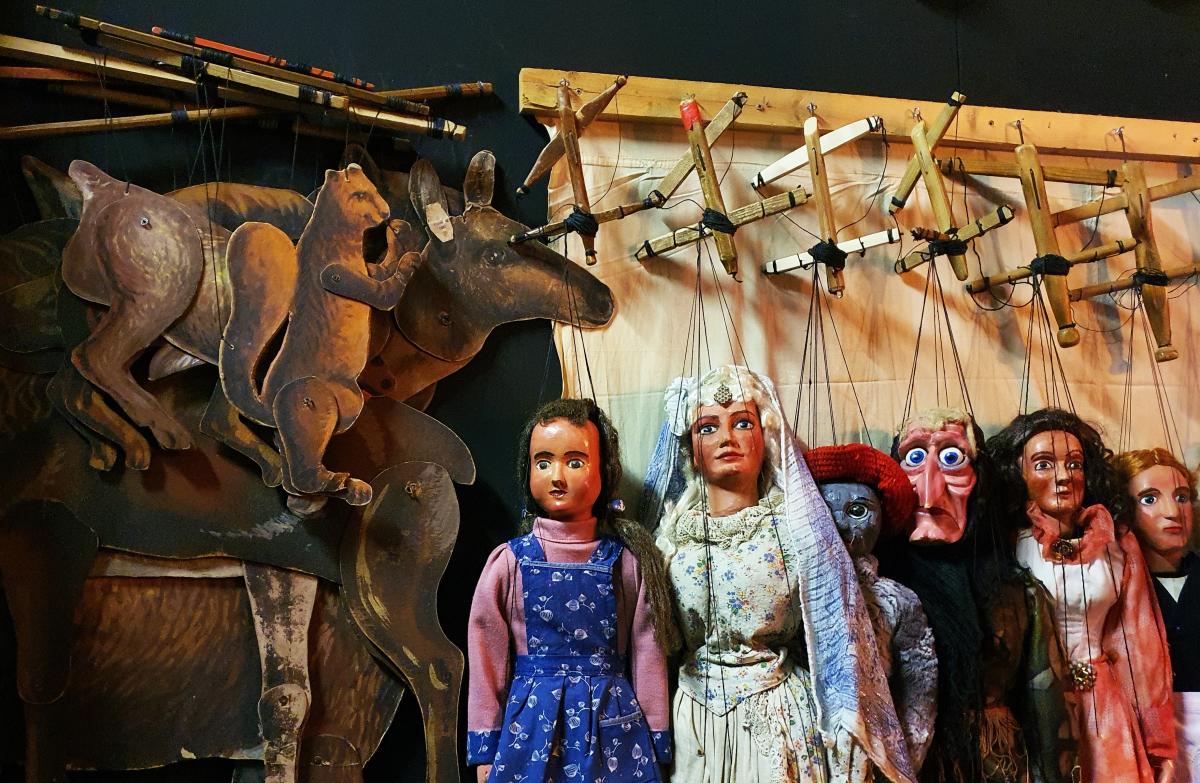Marionetten und Tiere, Foto: Maike Steuer