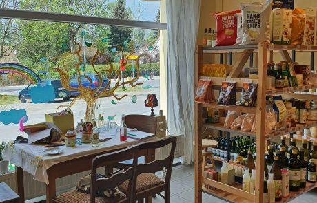 Blick in den Laden, Foto: Maike Steuer
