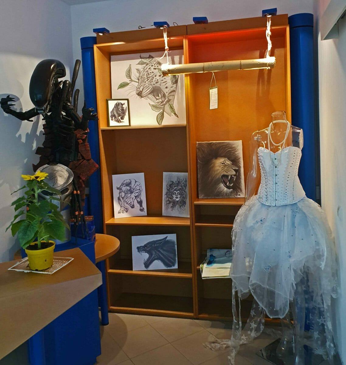 Ron's Kunst und Julia's Kleid, Foto: Maike Steuer